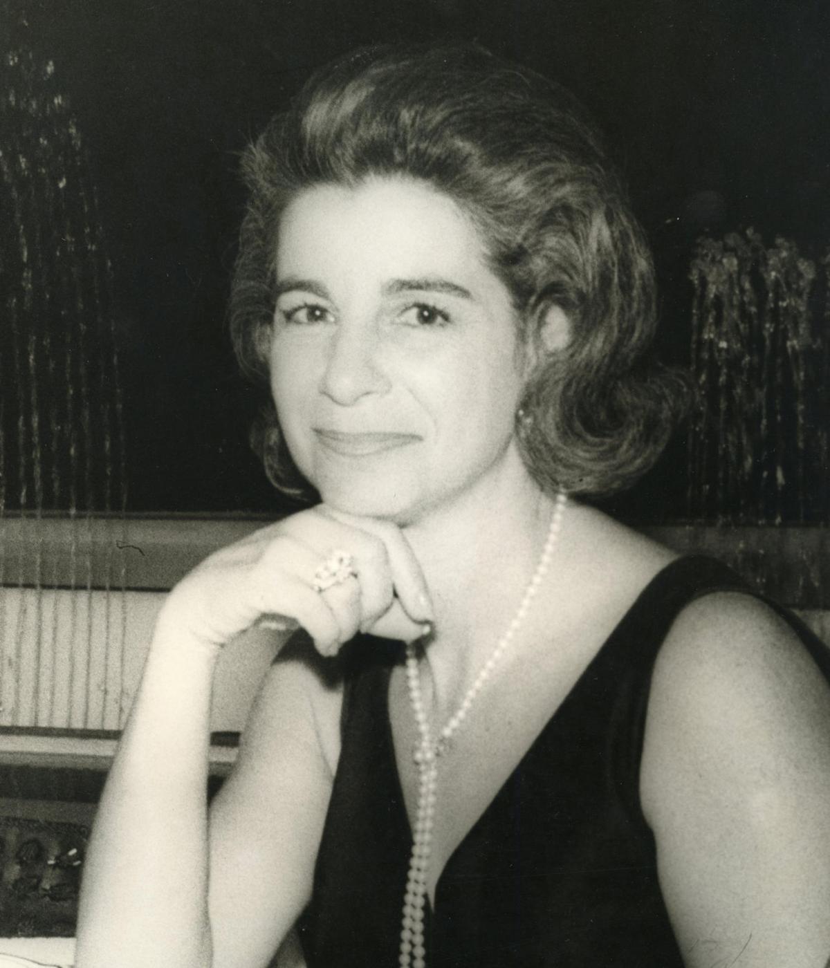 Mirtica  Berry