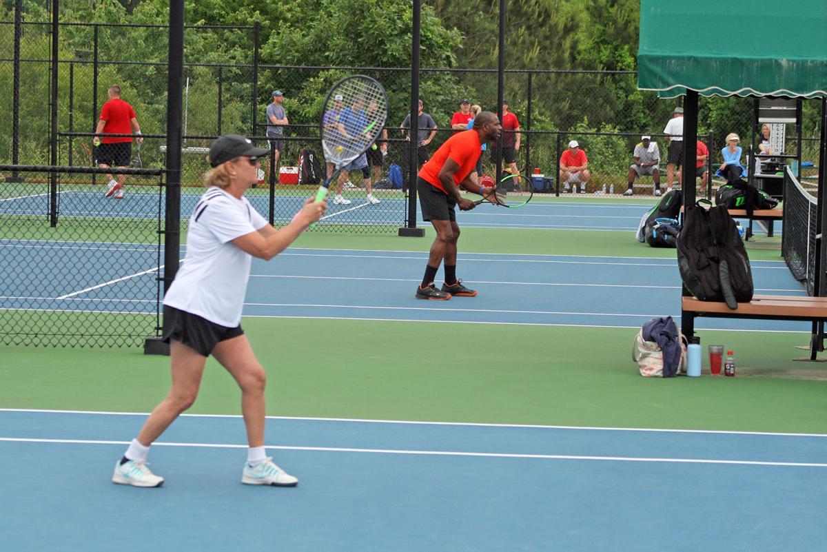 051219_RNT_Tennis2web.jpg