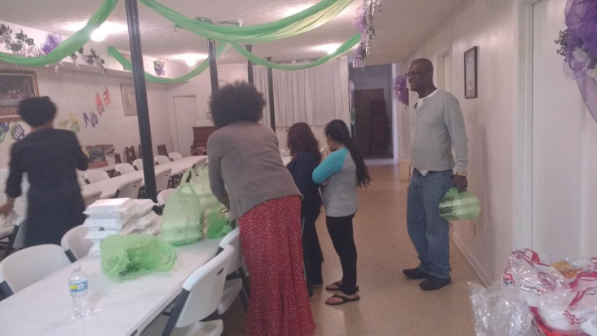 Glad Tidings Church Thanksgiving event