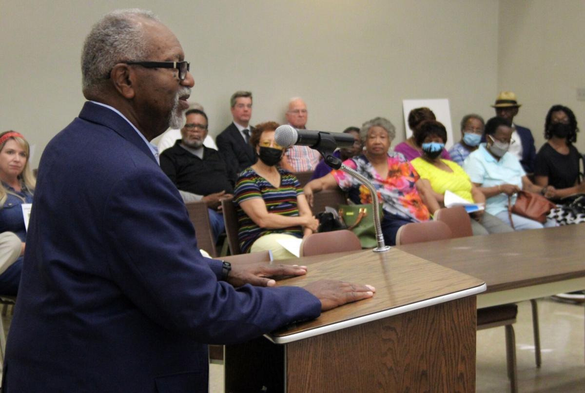 Cedar Hill alumni, city mark fundraising goal for statue of coach Escue Rodgers