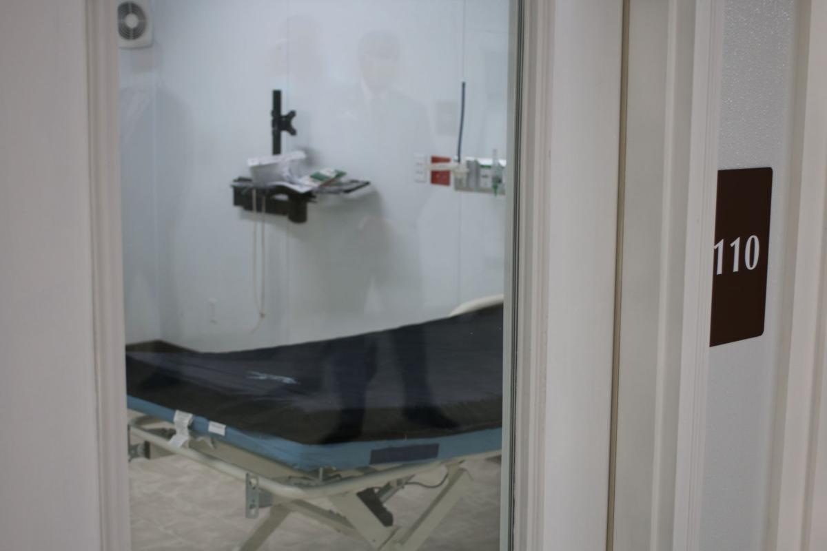 Gov. Kemp tours Floyd Medical Center