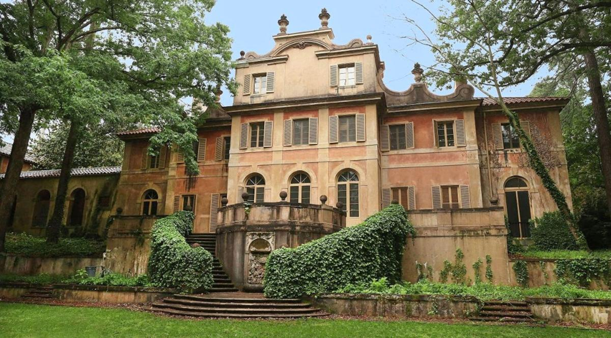 030420_MNS_Preservation_Gala_001 Pink Castle