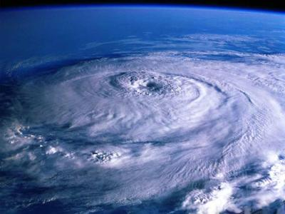 NOAA pronostica temporada de huracanes más tranquila