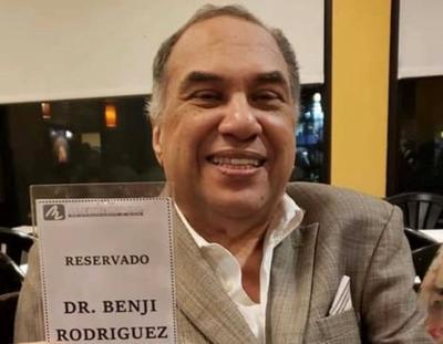 Benjamin Rodriguez - medico Centro Medico - Foto via Facebook - octubre 30 2020
