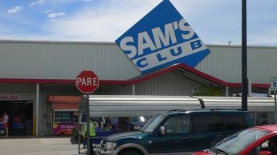Legislador pide reapertura de tienda Sam's en Barceloneta