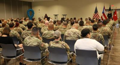 Militares GNPR charla abuso sexual