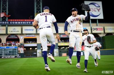 Carlos Correa - Astros - Houston - Foto MLB - abril 11 2019