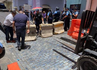 Policia - valla - cemento - Foto suministrada - julio 16 2019