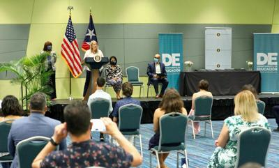 Wanda Vazquez - conferencia con el Departamento de Educacion - Foto via WV Twitter - julio 15 2020