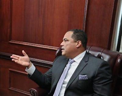 Senador Carmelo Ríos
