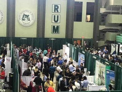 El RUM celebra su feria de empleo primaveral