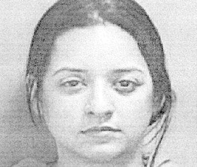 Policia - ficha - mujer - paga fianza por violencia domestica - Foto suministrada - mayo 4 2021