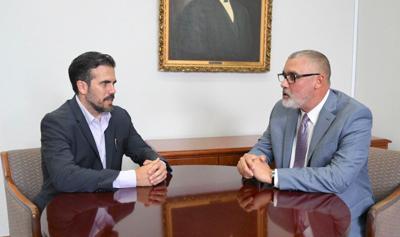 Eleuterio Alamo con Gobernador