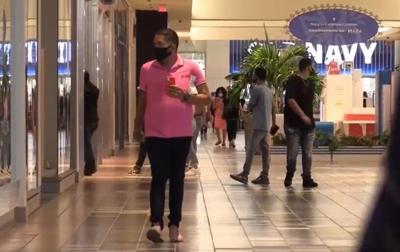 Centro Comercial - coronavirus - mascarillas - personas - Captura de pantalla - agosto 14 2020