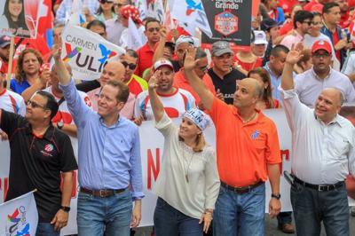 Políticos, funcionarios y amigos del exlegislador Héctor Ferrer lamentan su partida