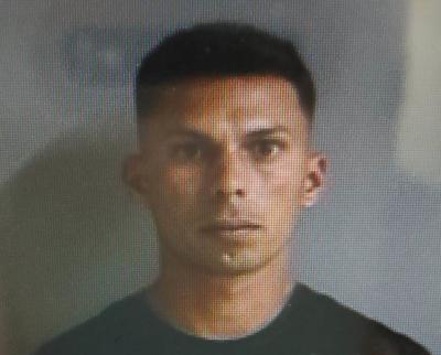 Carlos Alberto Carrasquillo Fuentes - sujeto acusado de atropellar policia durante persecucion - Foto via Cybernews - mayo 25 2020