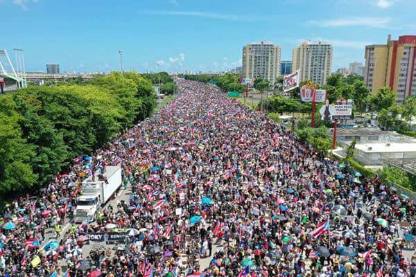Manifestacion - protesta - expreso Las Americas - Foto Louis Mustang - Foto desde un drone - julio 22 2019