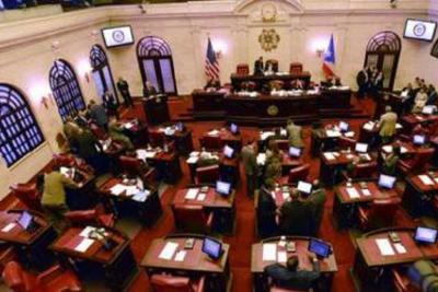 Senado - hemiciclo - abril 22 2019