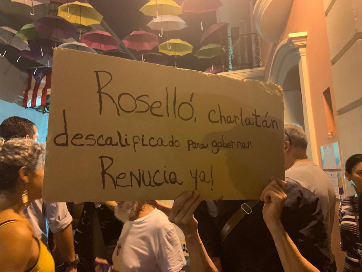 """Rossello charlatan"""