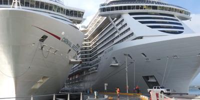 Cruceros - foto de archivo