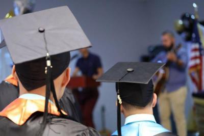 Reciben sus diplomas y segunda oportunidad jóvenes transgresores de Instituciones Juveniles