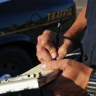 Policia multa transito