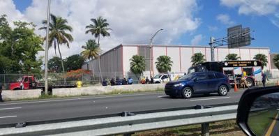 Accidente - vehiculo volcado - expreso Baldorioty - Foto via TransitoPR - junio 14 2019