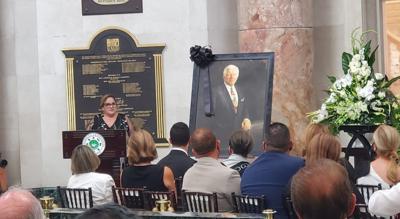 Melinda Romero - Carlos Romero Barcelo - actos funebres en el Capitolio - mayo 5 2021