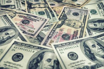 Joven de 20 años reclama premio de 451 millones de la Lotería en Florida