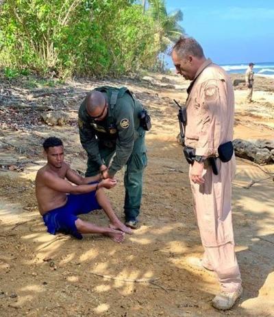 Federales detienen 30 indocumentados en el noroeste de Puerto Rico - Foto suministrada - mayo 14 2019