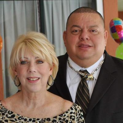 Hugo Savinovich y su esposa Diana Mendez - Foto via Facebook - noviembre 1 2019