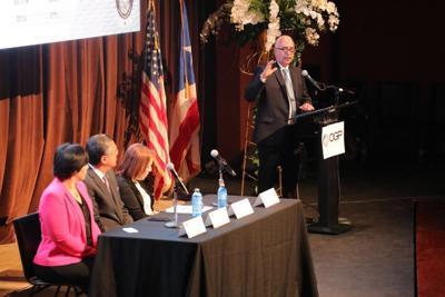 Raul Maldonado seminario para alcaldes sobre CRIM