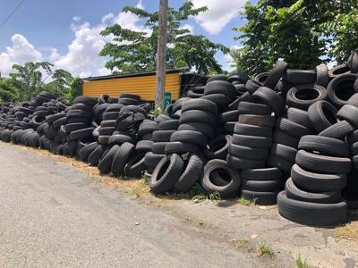 Gomera - gomas - sin reciclar - Foto NotiUno 3 - septiembre 7 2020