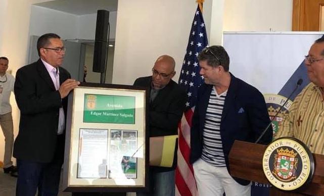 Edgar Martinez recibe reconocimiento