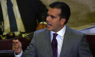 """""""Yo quiero explicaciones de FEMA"""" dice Rosselló sobre agua embotellada en pista aérea de Ceiba"""