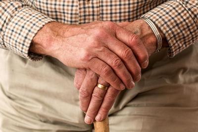 De cuidado uno de dos ancianos baleados en Río Grande