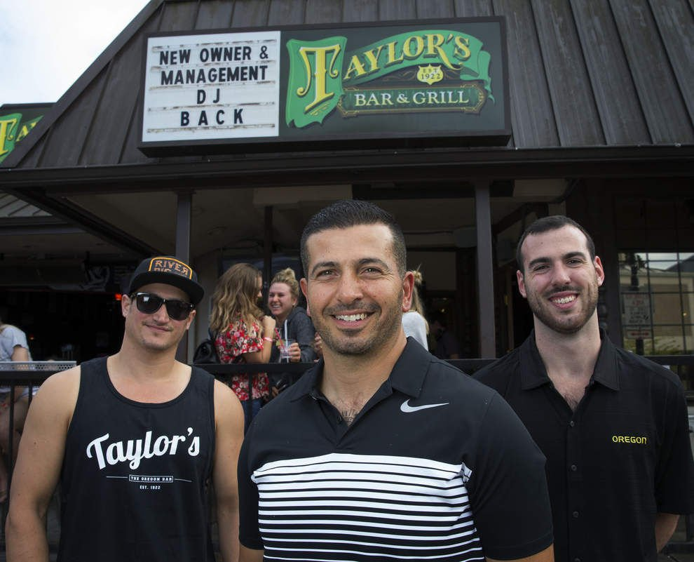 Taylor's Bar and Grill