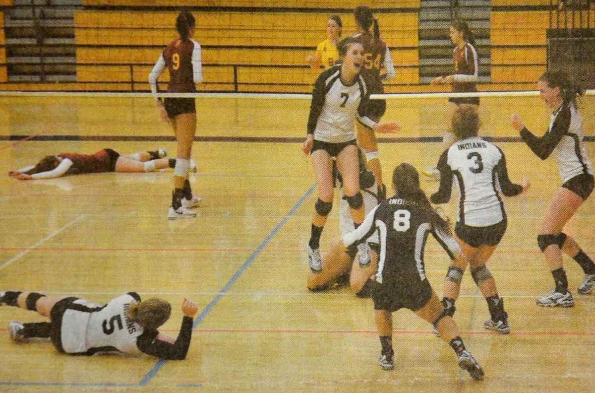 Roseburg High volleyball