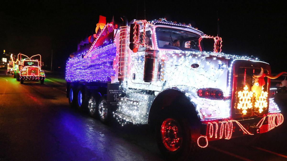 171205-nrs-truckparade-xxxx (1)