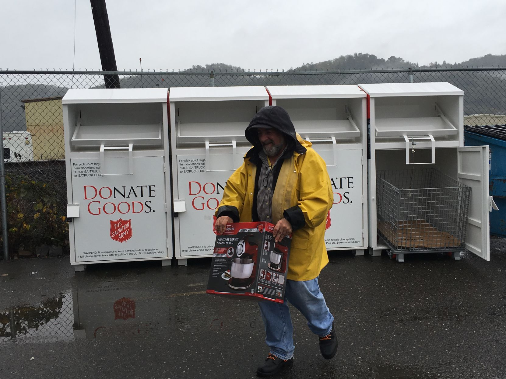 The salvation army family store & donation center rochester hills hours