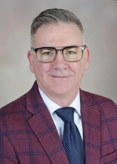 Dr. Kurt Freeman