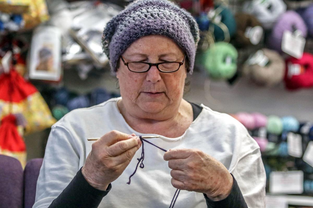 200114-nrr-knitting-02