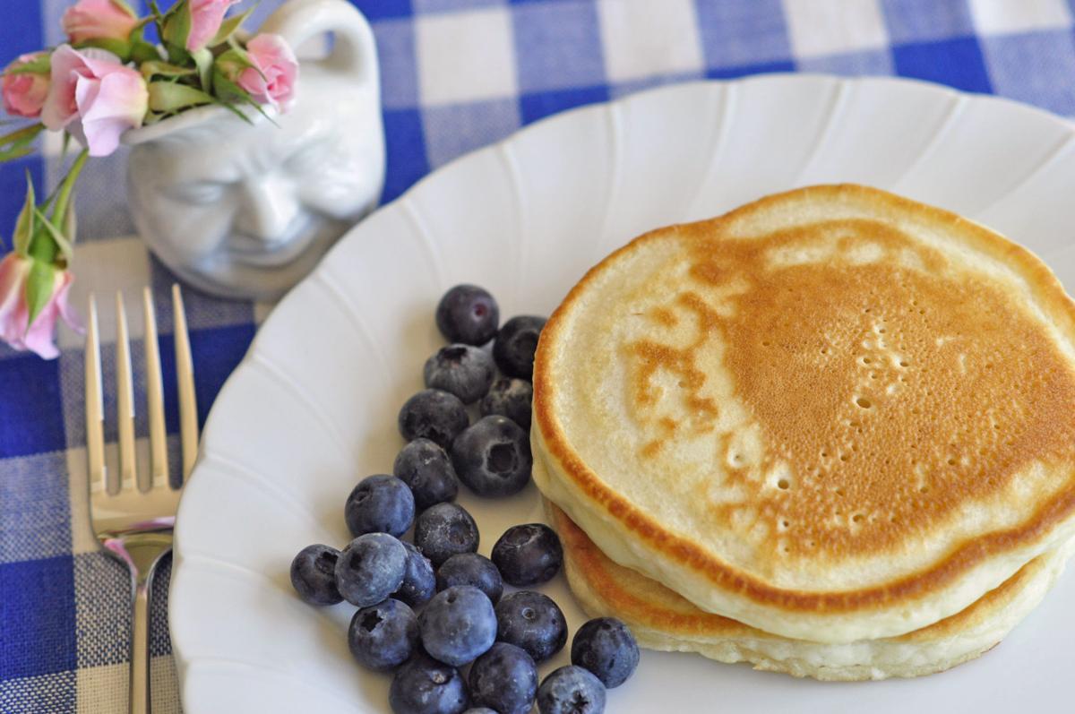 Favorite Pancakes_H.jpg