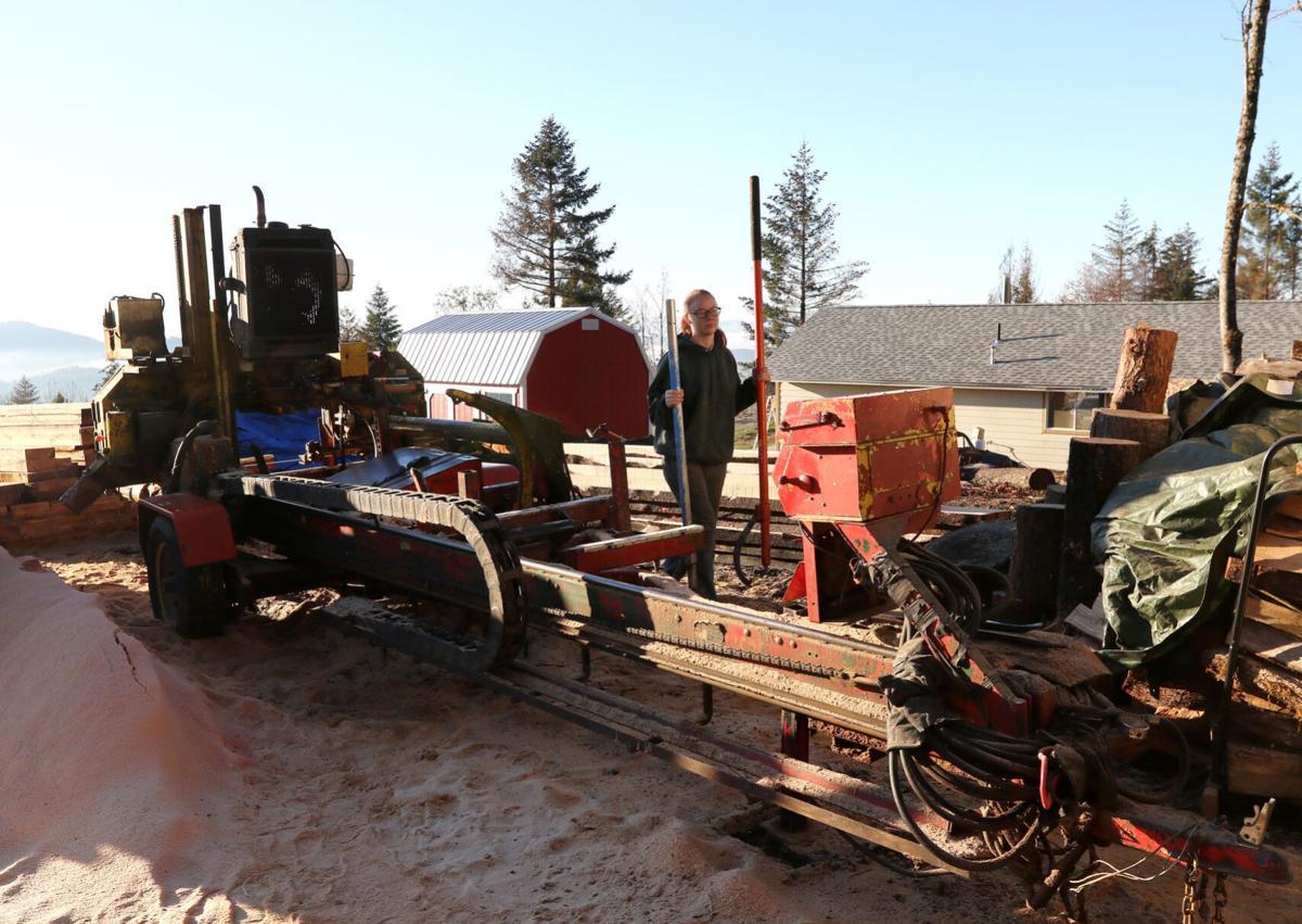 201208-nrr-mobilesawmill-05
