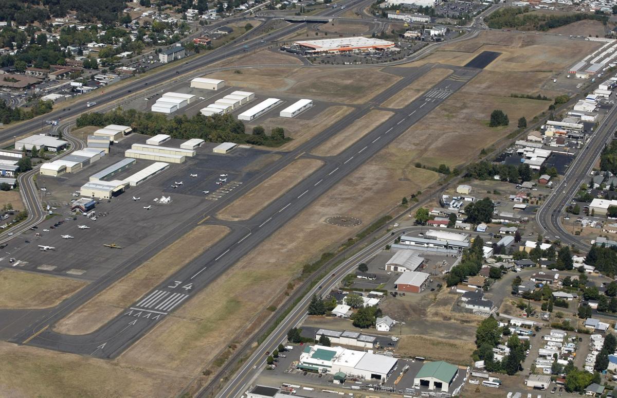Roseburg airport aerial