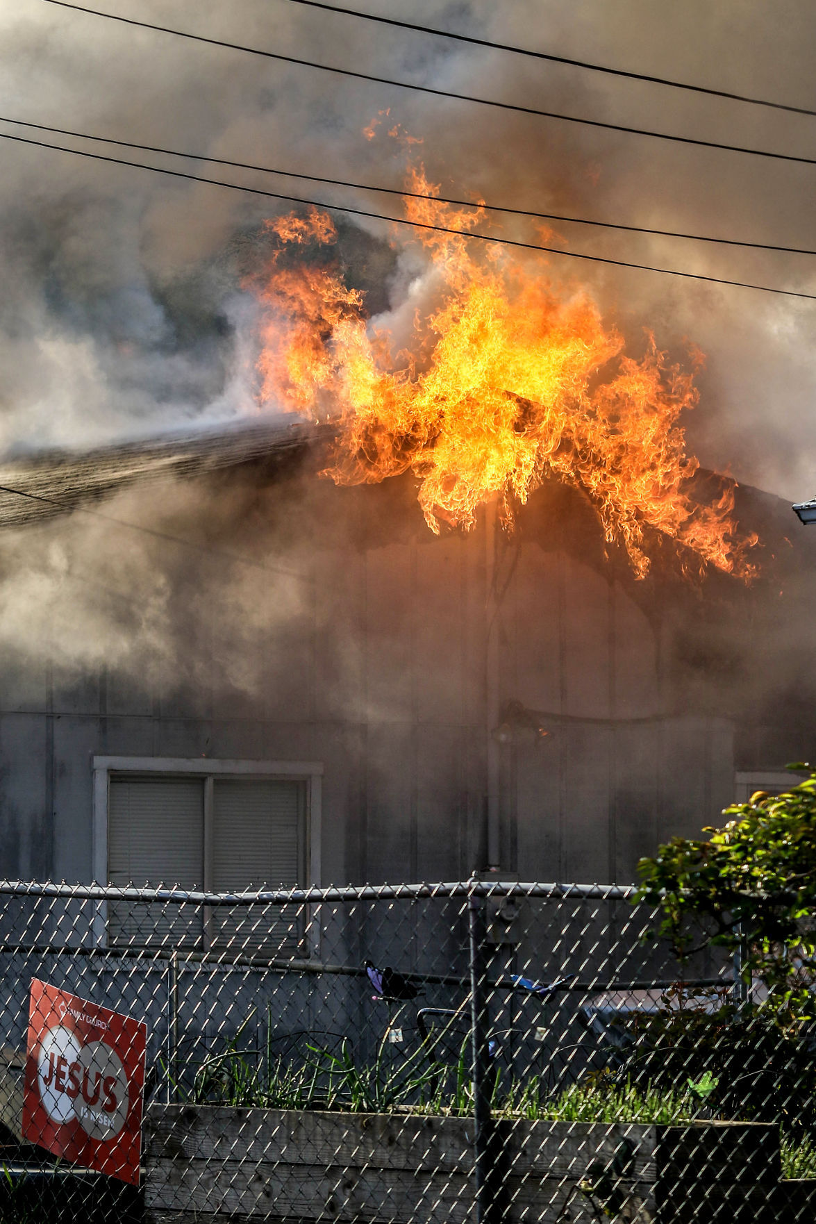 210415-nrr-housefire-05