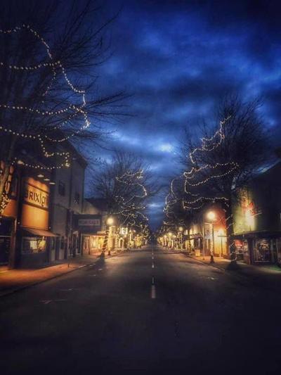 XMAS lights in Roseburg
