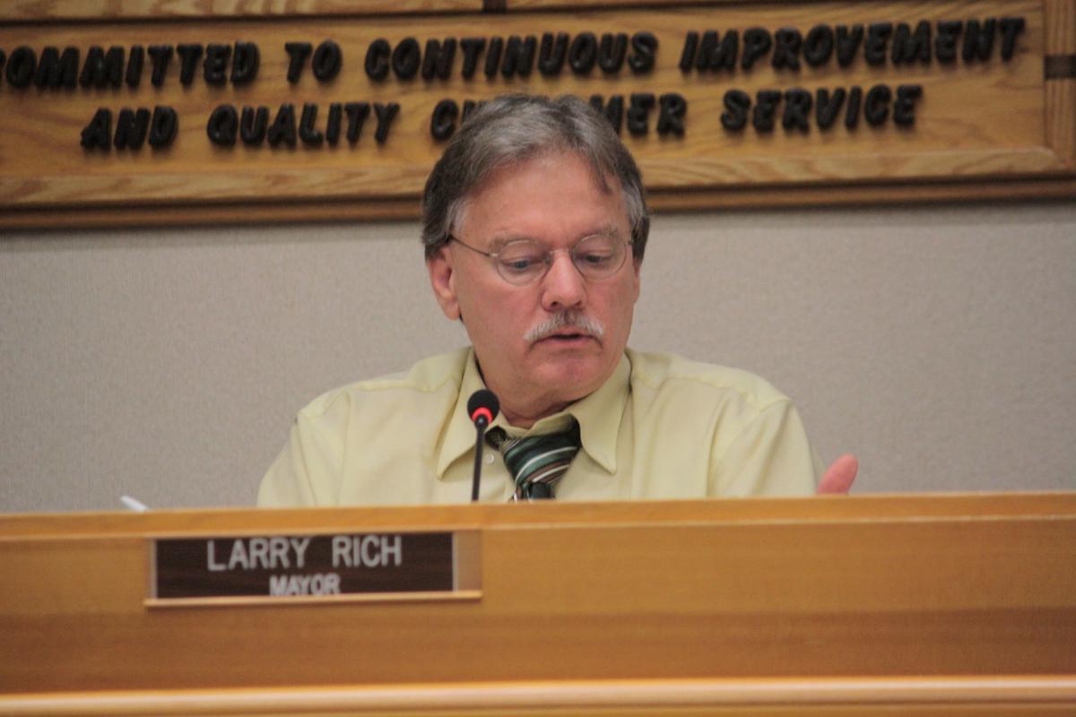 Roseburg Mayor Larry Rich