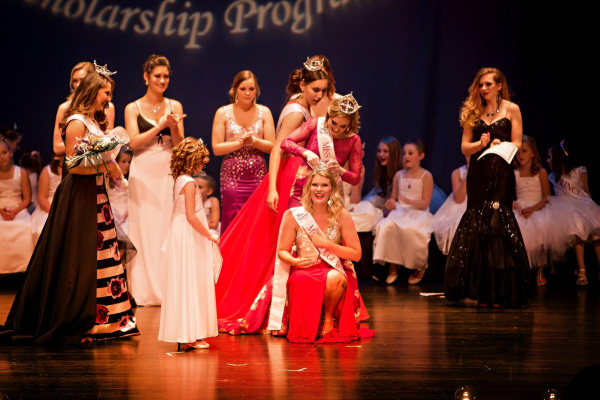 Cassidy Smith crowned as Miss Douglas County (copy)