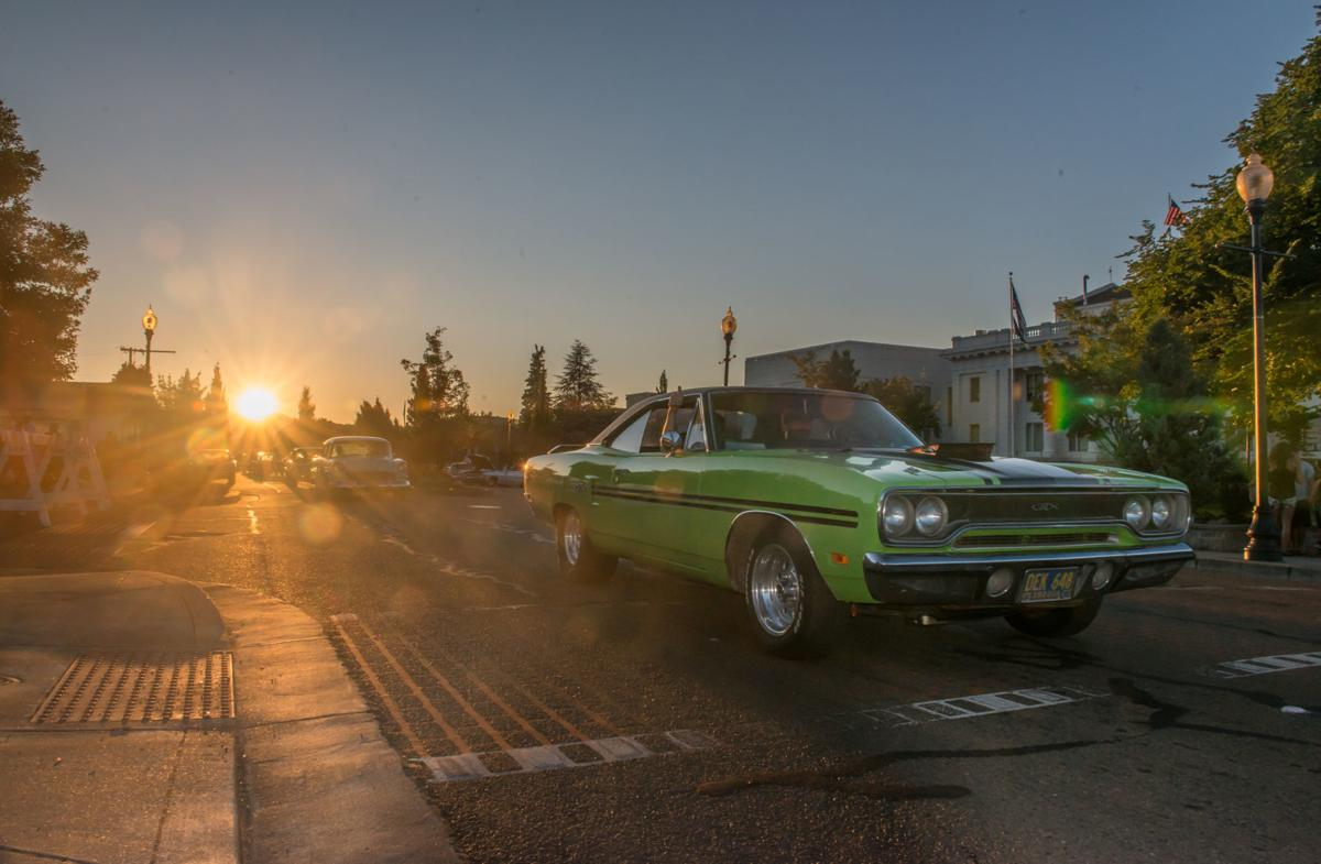 Graffiti weekend brings hot cars throngs of visitors and now vintage camp trailers